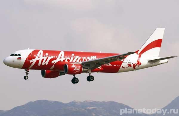 Диспетчеры потеряли связь с малазийским Airbus