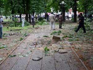 Хунта признала, что виновата в авианалетах на Луганск. Но виноват Путин!