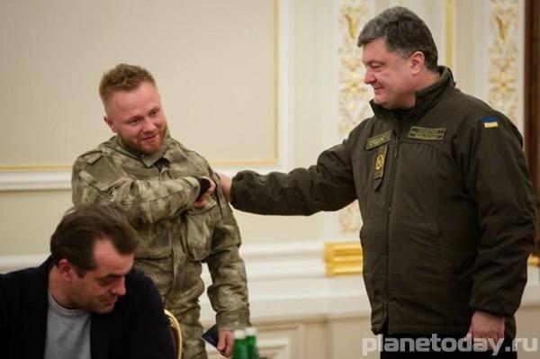 10 марта Порошенко собирает военный кабинет для принятия важного решения
