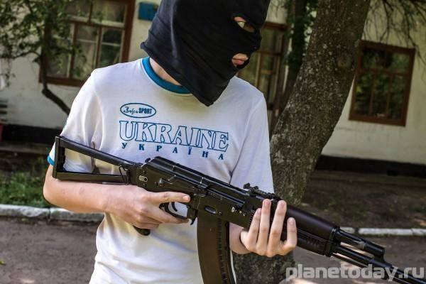Украинские силовики пытаются изолировать Донбасс