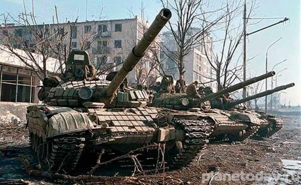 Три возможных сценария развития Украины