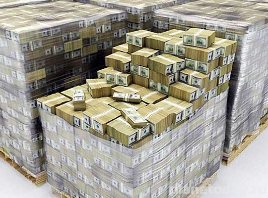 В апреле в ЛНР выплатят пенсии в рублях