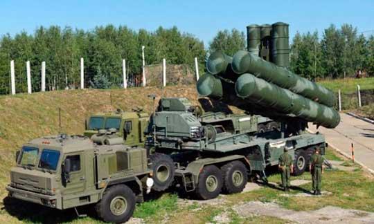 Российские войска продолжают мерещиться Украине