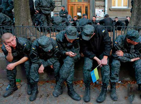 Бунтующих украинских призывников поддержали офицеры