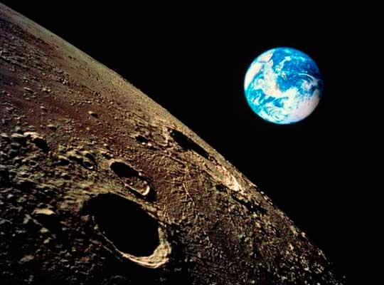 Американцы решили присвоить Луну