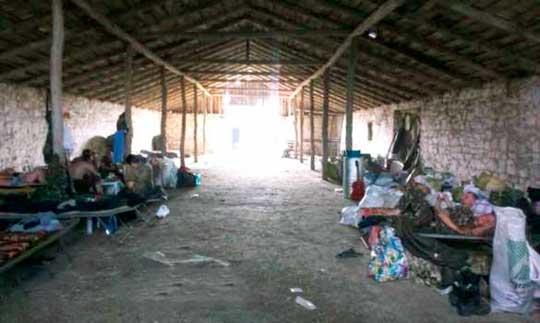 Танкисты из Кривого Рога живут в свинарнике и готовятся к бунту