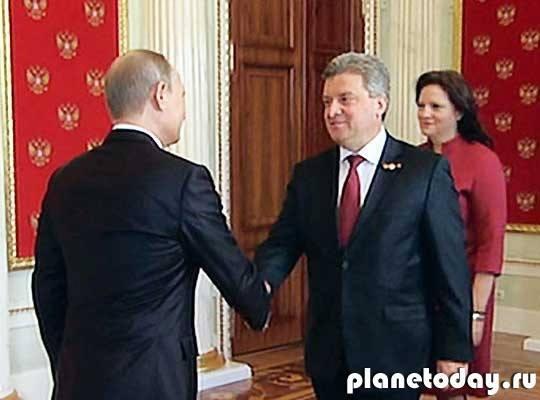 Главы иностранных делегаций прибыли в Кремлевский дворец