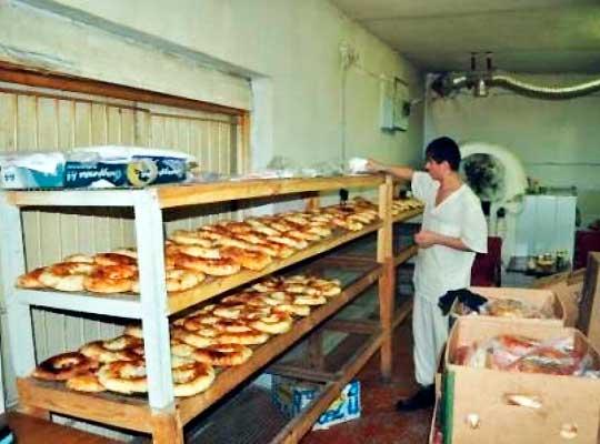 Жители Новосибирска купили хлебозавод для Донбасса