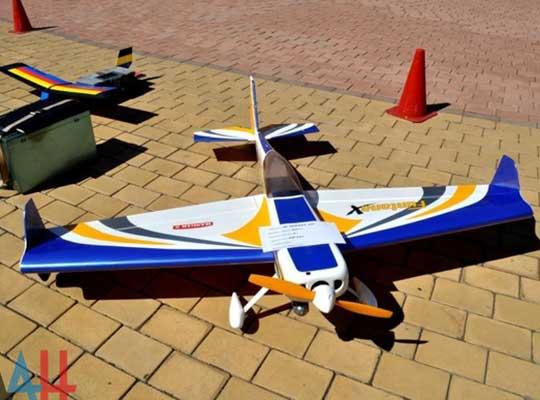 Авиамоделисты ДНР показали в Донецке свои лучшие модели