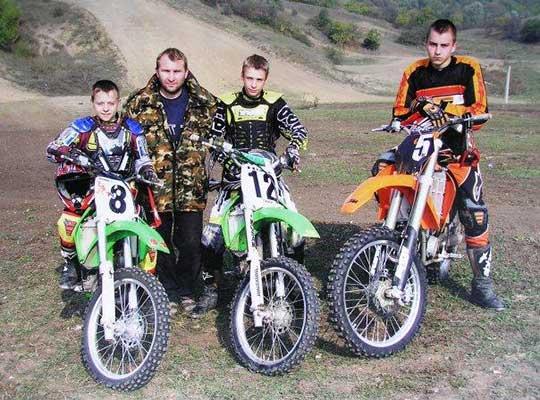 Краснодонцы выиграли мотокросс «Молодой гвардии»