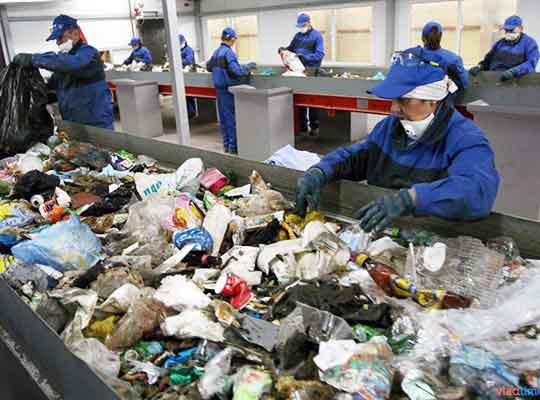 Ученые ДНР разработали оборудование для переработки бытовых отходов в евротопливо