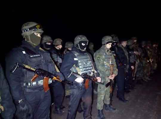 Порошенко бросил Нацгвардию против меджлисовцев и «правосеков»