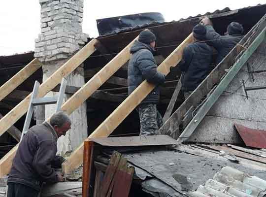 В Стаханове активно восстанавливают дома и социально значимые объекты