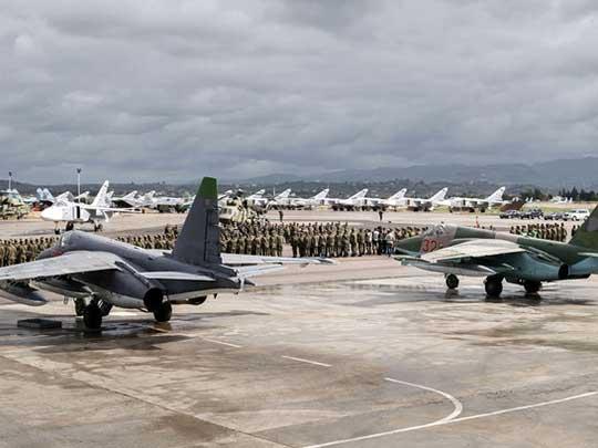 Парад Победы начался на российской авиабазе Хмеймим в Сирии