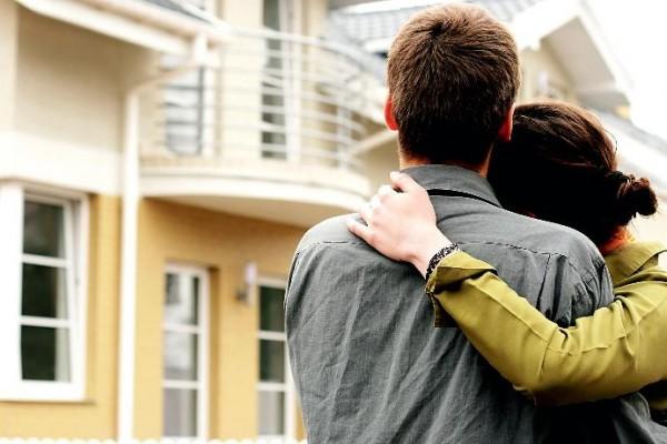 По каким критериям молодая семья подбирает себе квартиру
